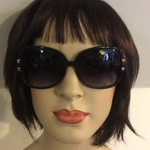 Marc Jacobs women's sunglasses. Pre owned